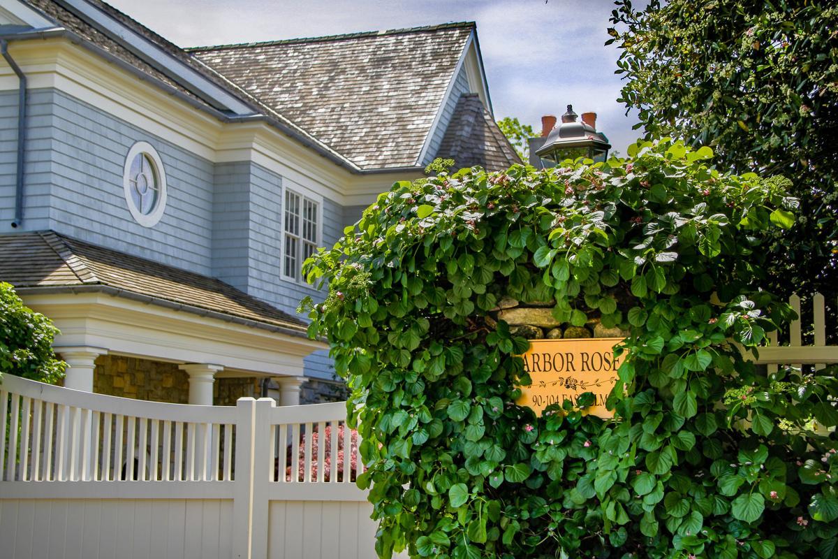 Arbor Rose Sign