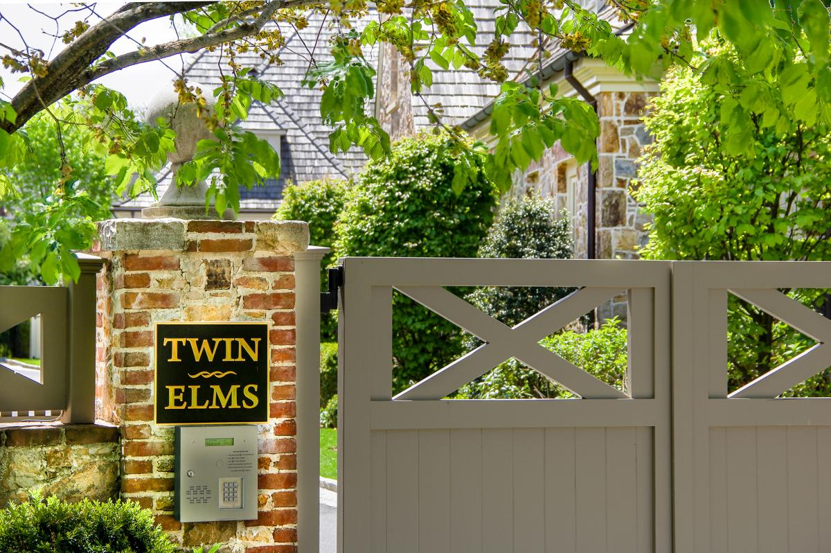 Twin Elms Sign